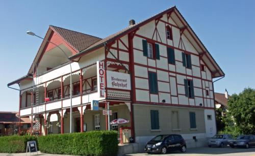 Hotel Restaurant Bahnhof Photo