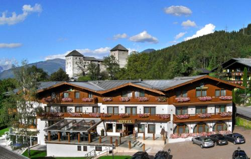 Hotel zur Burg Photo