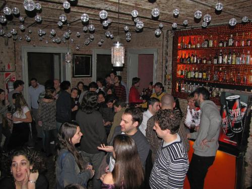 Giramondo Hostel & Bar Photo