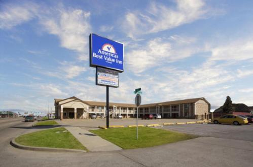 America's Best Value Inn Pryor Photo
