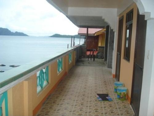 Coron Sunrise Inn Photo