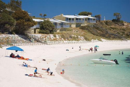 Rottnest Island Authority Geordie Bay Villas Photo