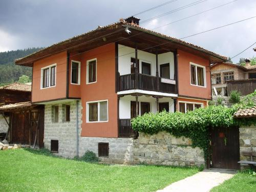 Guest House Velina Photo