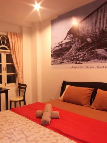 cheap hotels Phuket Town