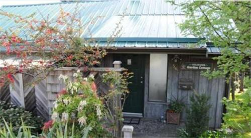Graymor Garden Cottage Photo