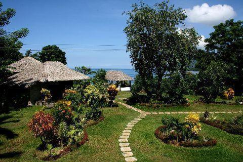 Bunaken Island Dive Resort Photo