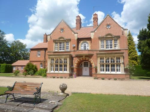 The Glebe Country House Bed And Breakfast in Thetford, Norfolk, East England
