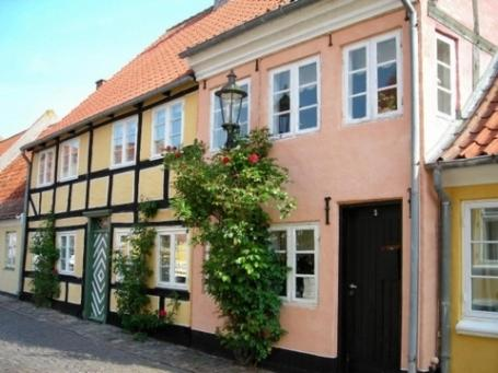 Gyden 5 Holiday House Hotel Aeroskobing Low Rates No Booking Fees