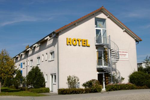 Hotel Karlshof Photo