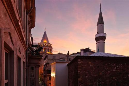 My Apart Istanbul - Galata Tower Photo