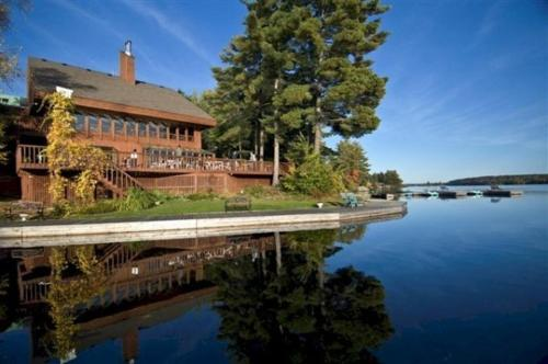 Westwind Inn on the Lake Photo