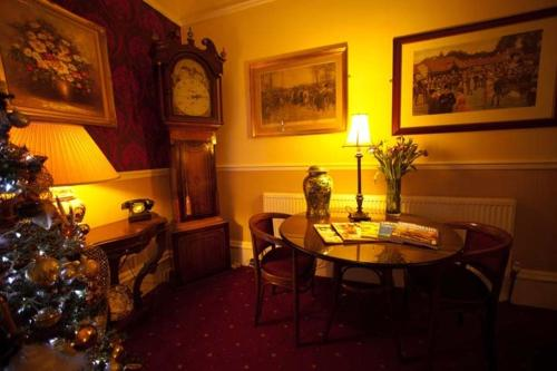 Ascott Hotel - Guest House in Eccles, Greater Manchester, North West England