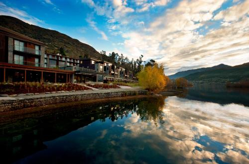 Hilton Queenstown Photo