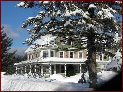 Rosewood Country Inn Photo