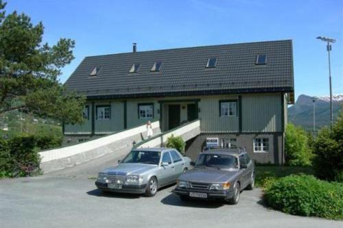 Volda Motel & Apartments Photo