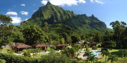 Moorea Cook's Bay EcoLodge Photo