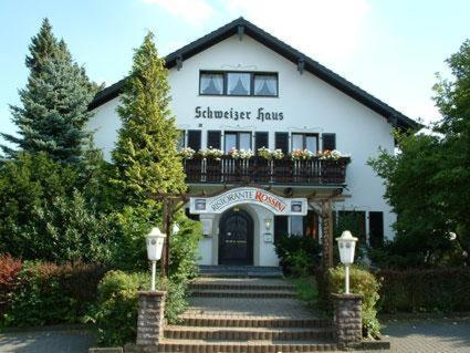 Hotel Schweizer Haus Photo