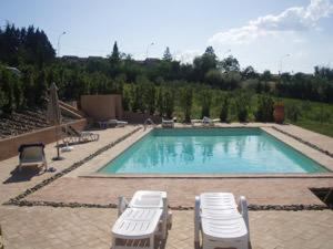 online booking Siena lodging Villa Malamerenda Apartments
