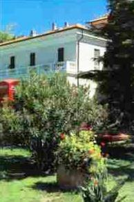 online booking Loano lodging Hotel Villa Beatrice