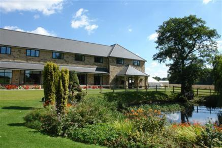 Best Western Charnwood Hotel in Blyth, Nottinghamshire, Central England