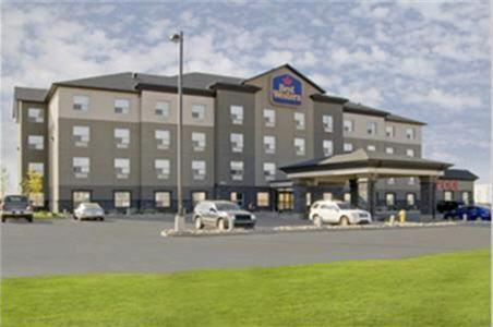 Best Western Wainwright Inn & Suites Photo