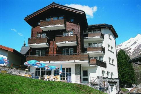 Bergsporthotel Dolomit Photo