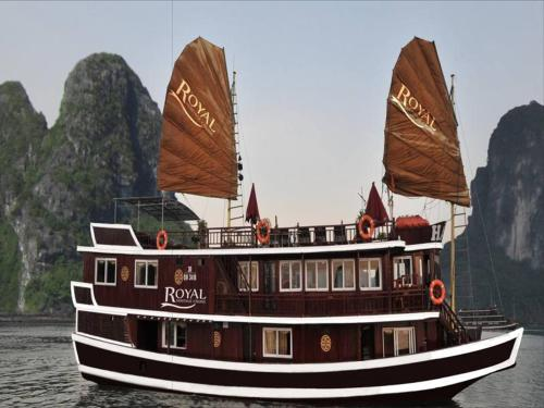 Halong Royal Heritage Cruise Photo