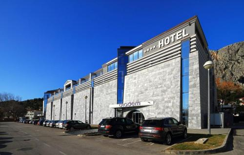 Hotel Diadem Photo