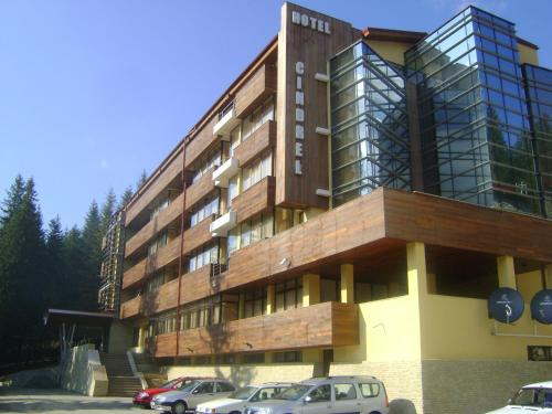 Hotel Cindrel Photo