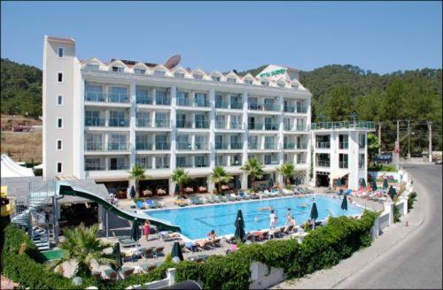 Royal Garden Hotel Marmaris Photo
