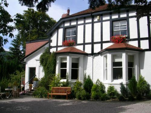 Tir y Coed Country House in Conwy, Conwy, North Wales