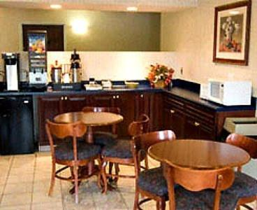 Country Hearth Inn & Suites Lomira Photo