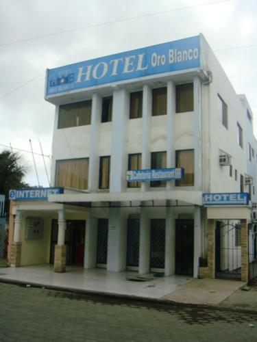 Hotel Oro Blanco Photo