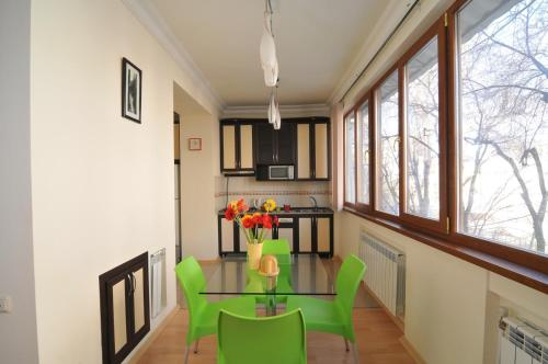 Abovyan Apartment Photo