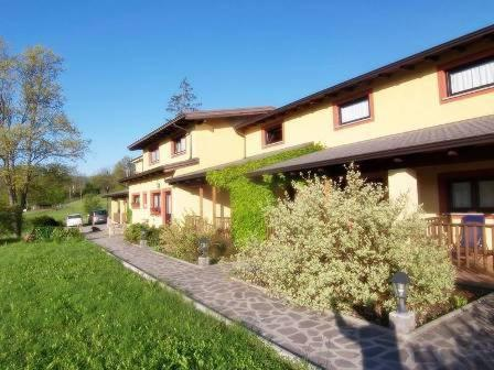 online booking Albareto lodging Agriturismo Casa delle Erbe