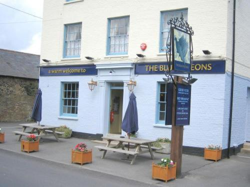 The Blue Pigeons Inn Photo