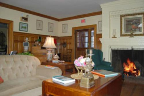 Juniper Hill Inn Photo