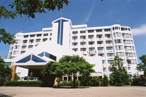 Thepnakorn Hotel Photo