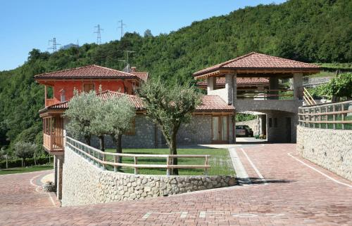 reservation Rovereto lodging Maso Fiorini