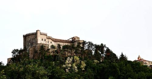 Castello di Fosdinovo Photo
