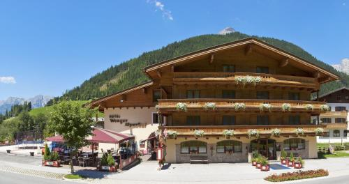 Hotel Wenger Alpenhof Photo