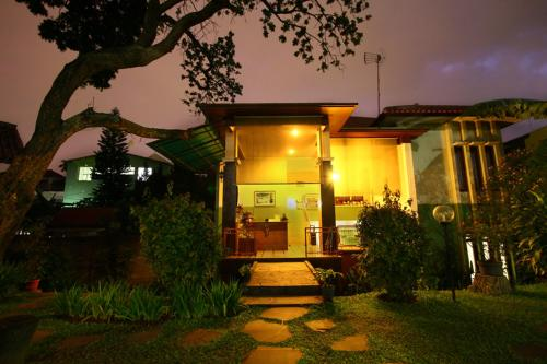 Retanata Homestay Photo