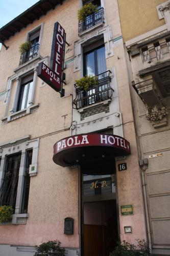 Hotel Paola Photo