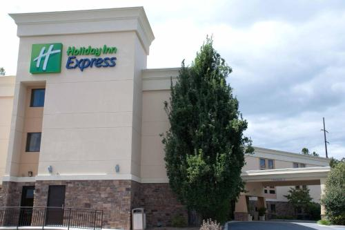Holiday Inn Express Hershey-Harrisburg Area Photo