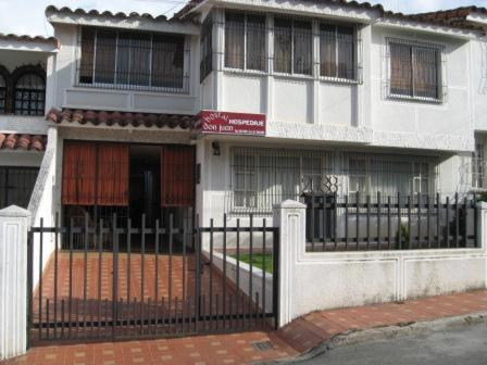 Hostal Don Juan Bucaramanga Photo