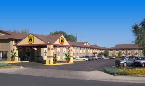 Super 8 Motel Denver Stapleton Photo