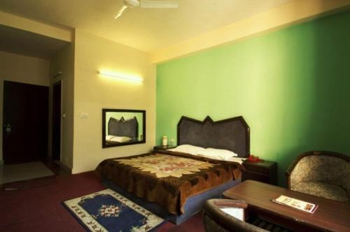 Hotel Sitara International Photo