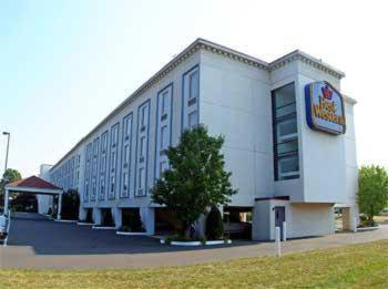 Best Western Fort Washington Inn Photo