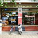 Apt Ezholiday Hotel picture