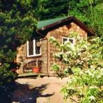 Accommodation near Plaza of Nations Marina - Alderwood Farm Cozy Cottage
